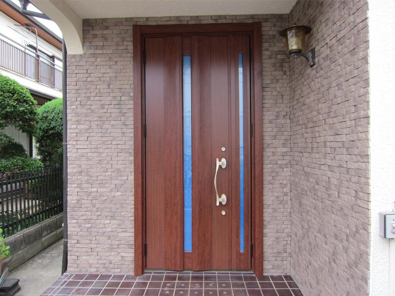 玄関ドアリフォーム(施工後)